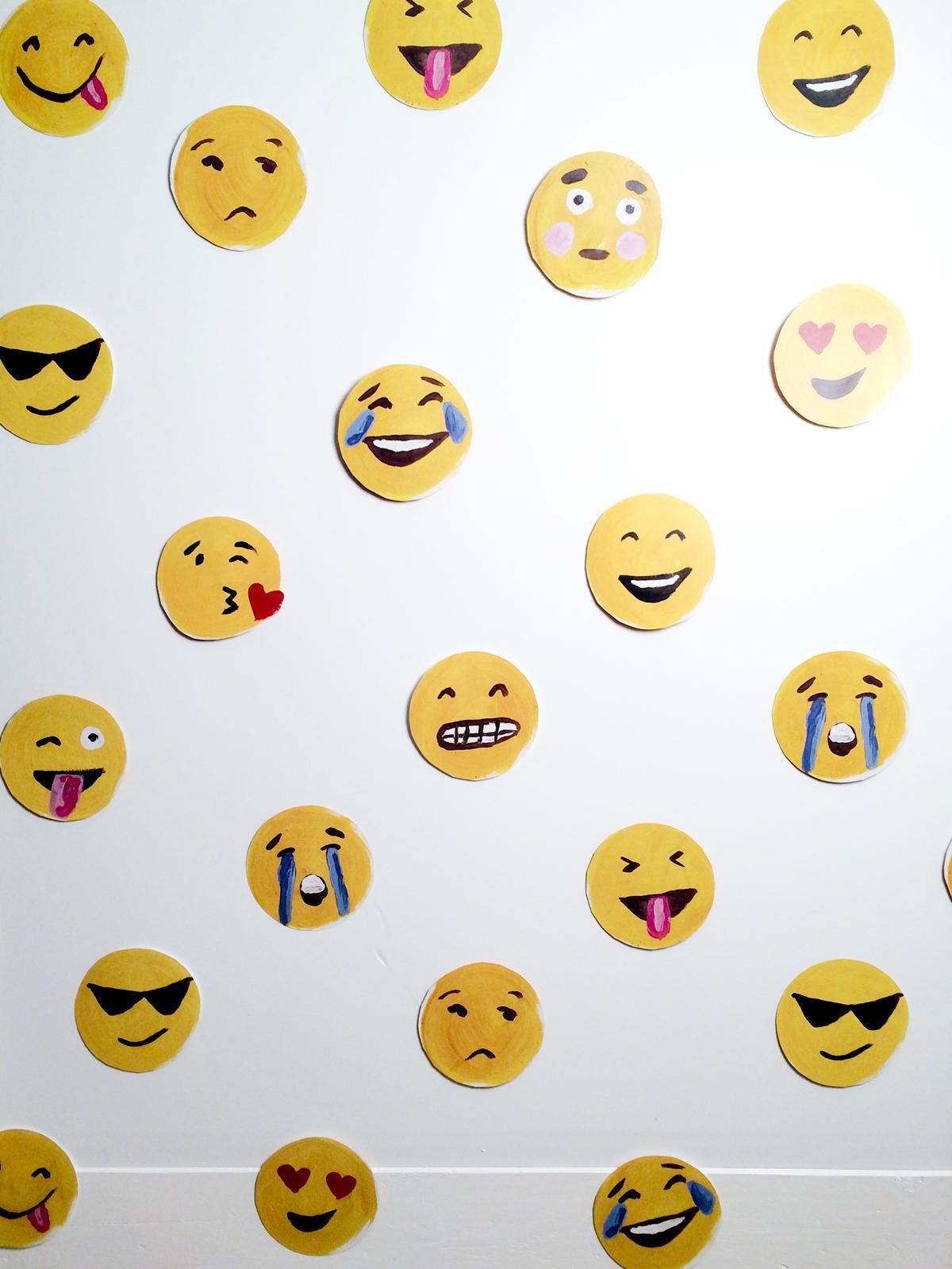 emoji-photo-wall-thealisonshow
